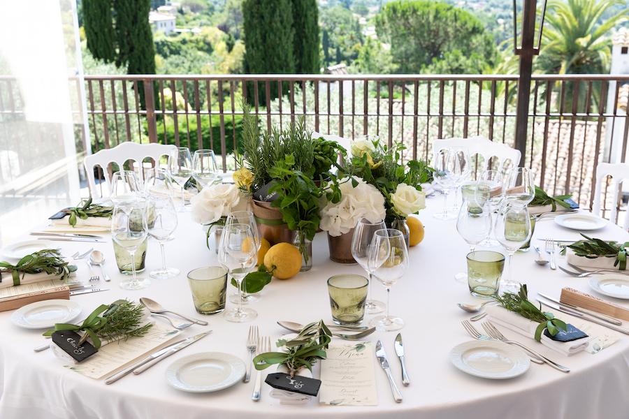 mariage decoration fleurs, table